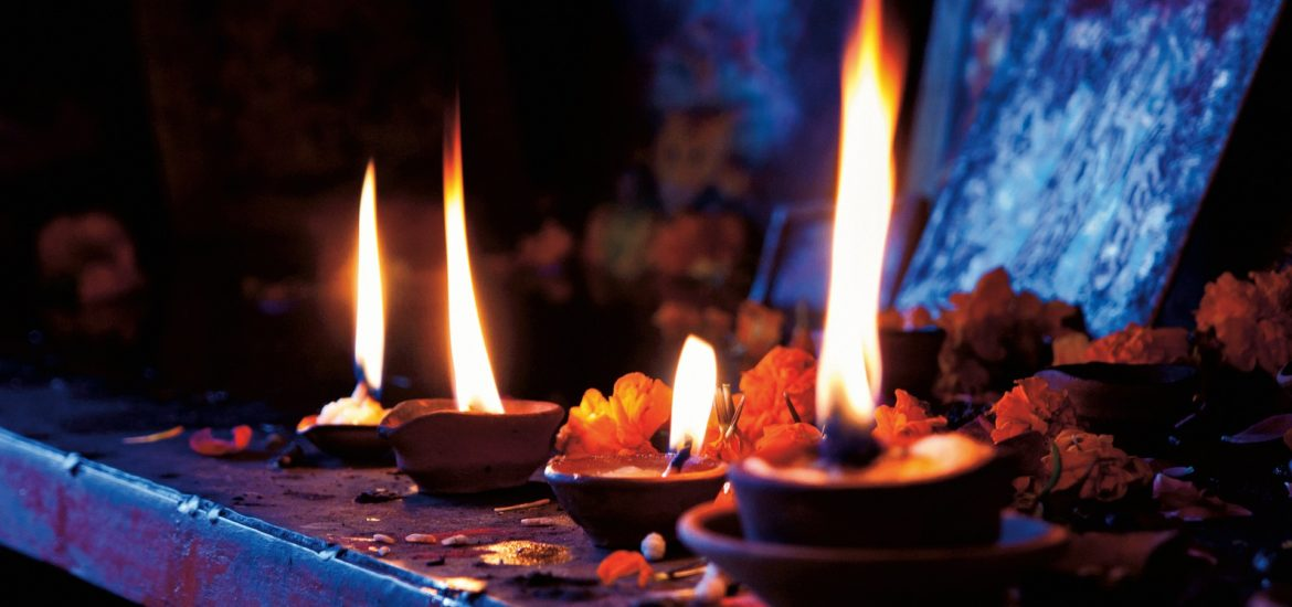 Yoga Teacher Training India 12 1170x550 - Why does yoga and shamanism fit together?
